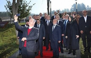 """AK Parti başkan adayı Özlü """"Özenle seçilmiş..."""