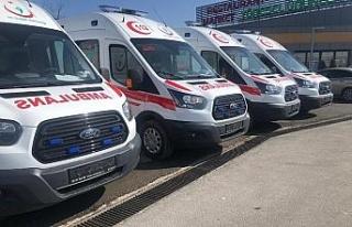Düzce'de yeni ambulanslar hizmete girdi