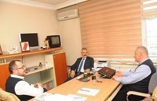 AK Parti Adayı Uysal, çalışmalarını aralıksız...