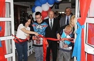 KEALFEST özel öğrencilerin sergisi ile açıldı