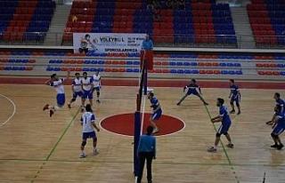 KYK Voleybol Türkiye finali grup eleme maçları...