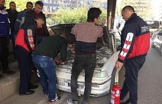 Seyir halindeki otomobilde yangın çıktı!..