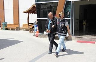 15 yıl hapis cezası ile aranan dolandırıcı AVM...