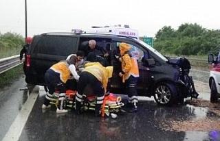 Aynı noktada 2 ayrı kazada 6 kişi yaralandı