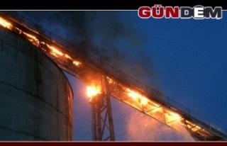 Kağıt fabrikasında korkutan yangın!..