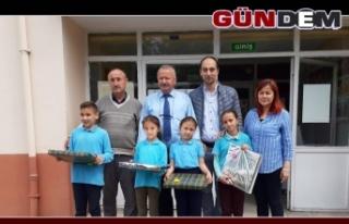 Kazanan öğrenciler ödüllerini aldı!..