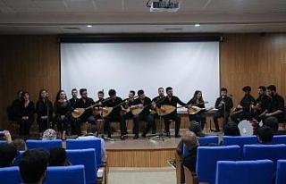 KBÜ'lü öğrencilerden mezuniyet konseri