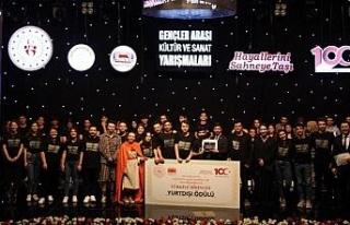 KBÜ'lü tiyatrocular Türkiye birincisi oldu