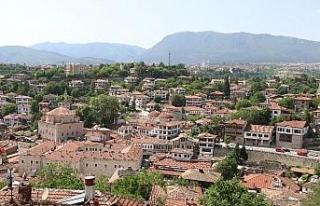 Osmanlı kenti Safranbolu'da bayram öncesi oteller...