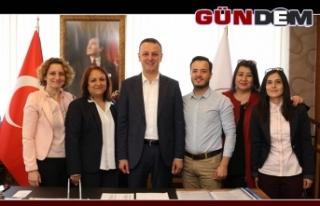 Türk Hemşireler Derneği'nden Başkan Alan'a...