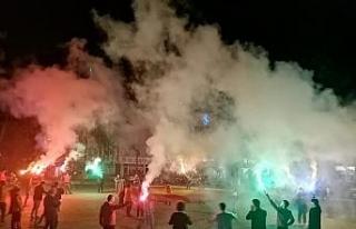 Yenice'de Galatasaray taraftarından şampiyonluk...