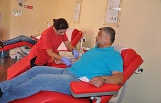 61. kan bağışını Cumhurbaşkanına armağan etti!..