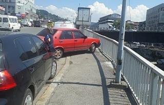 Köprü otopark oldu! Yayaların yolu kapatıldı!