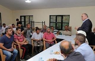 Başkan Faruk Özlü her hafta iki mahalleye gidecek