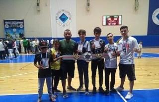 Muay Thai takımı Türkiye Şampiyonasında madalya...