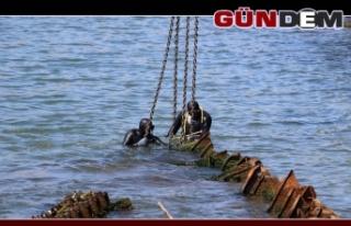 O gemi çıkartılıyor!...