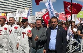 DEMİRTAŞ'TAN EMEKLİLİKTE YAŞA TAKILANLARA DESTEK!