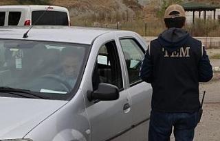 Karabük'te hususi araçlarda sigara denetimi
