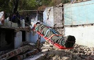 7.2'lik deprem tatbikatı gerçeğini aratmadı
