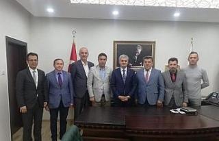 Gazeteciler Ankara görev yapan bürokratları ziyaret...
