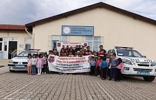 Jandarma'dan öğrencilere trafik dersi