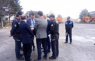 Ürkmezer'den yeni kaymakamlık binası sahasında...