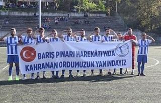Yeşil sahadan Mehmetçik'e destek..