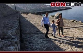 Ailesiyle Liman Arkasına gitti!