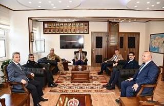 Vali Gürel'den Albay Başkök'e ziyaret