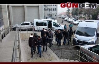 5 İl'de FETÖ operasyonu; 5 gözaltı
