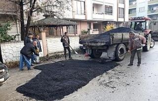 Kar yağıncaya kadar asfalt yamaya devam