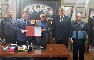 Ormanlı Belediyesi memurlarla sözleşme imzaladı..