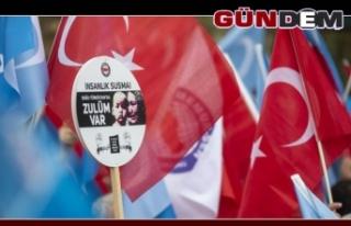 """""""Doğu Türkistan'ın sesine kulak verin"""""""