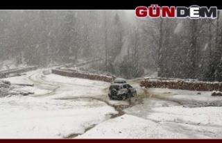 Yılın İlk Kar'ı Gümeli'ye Yağdı