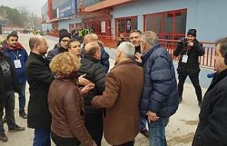 Kulüp başkanı ve futbolcu babası arasında maç...