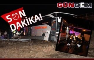 Otobüs bariyerlere çarptı! Yaralılar var
