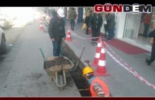 Kanalizasyon hattı yenileniyor...