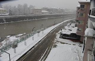 Devrek'te Kar Yağışı Yoğun Şekilde Devam...