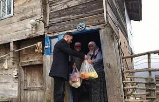 Köydeki yaşlıların ihtiyaçları muhtar ve imamlar...