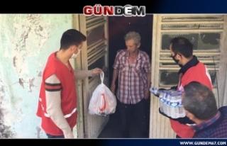 Alaplı Kızılay gönüllüleri ihtiyaçları karşılıyor
