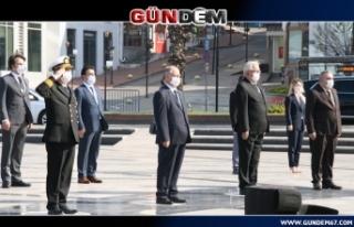 Ereğli'de 23 Nisan sosyal mesafeli kutlandı...