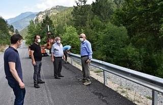 """Kayak Merkezi yoluna """"otokorkuluk"""" yapımı..."""