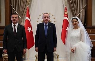 Erdoğan, Kocaman ve Dursun'ailesini Cumhurbaşkanlığı...