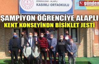 ŞAMPİYON ÖĞRENCİYE ALAPLI KENT KONSEYİNDN BİSİKLET...