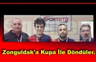 Zonguldak'a Kupa İle Döndüler.