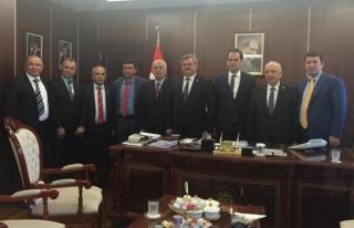 Ak Parti Zonguldak Milletvekillerinden Nusret Yazıcıya...