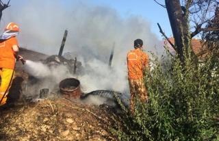 Konserve yaparken yangın çıktı 3 hektarlık alan...