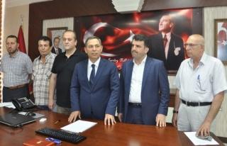 Başkan Uysal, Siyasi Parti ilçe başkanlarıyla...