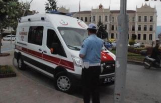 Valilik  önünde şüpheli ambulans alarmı