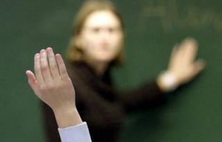 132 öğretmen görevden uzaklaştırıldı